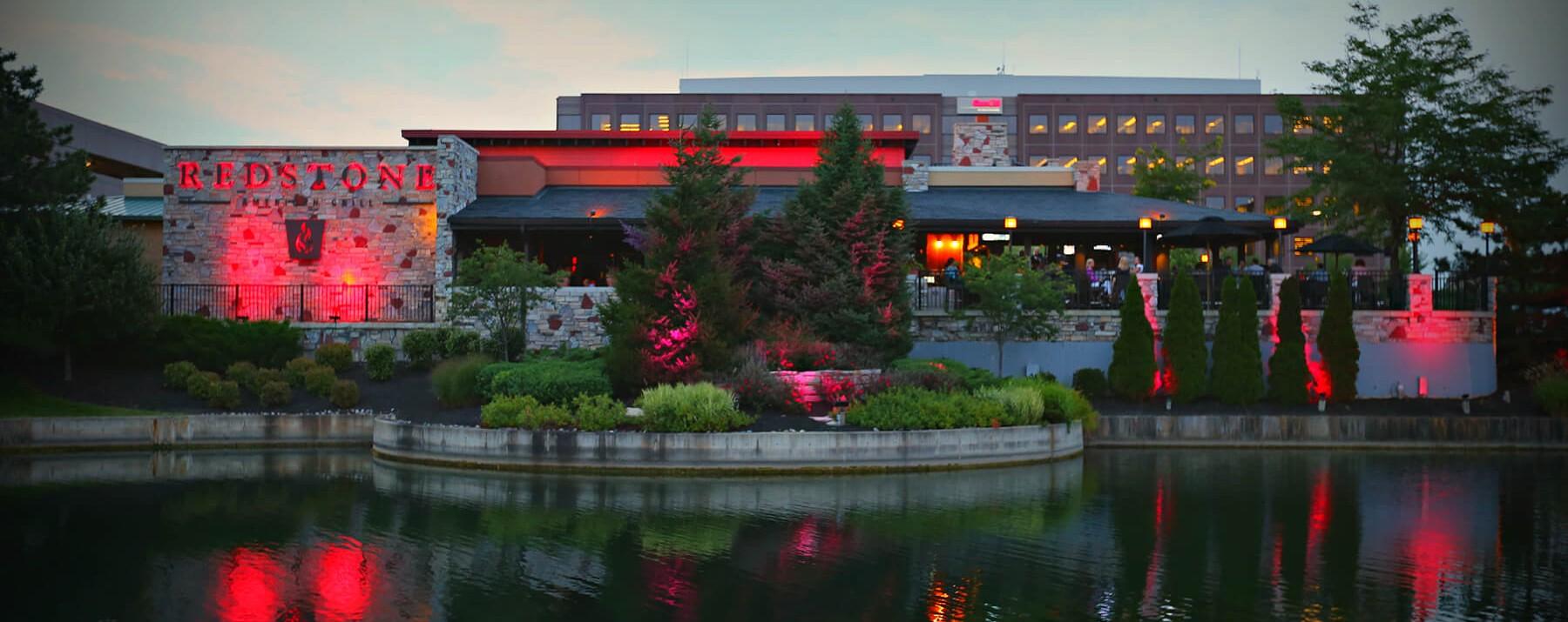 Oakbrook Terrace | Redstone Grill