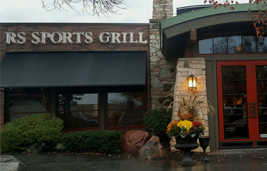 Bridgewater redstone grill for Redstone grill